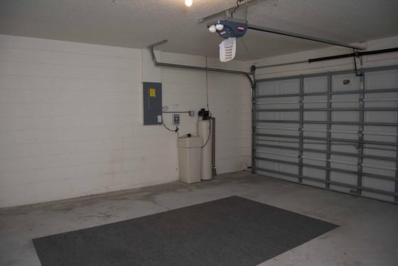 garage 1 small